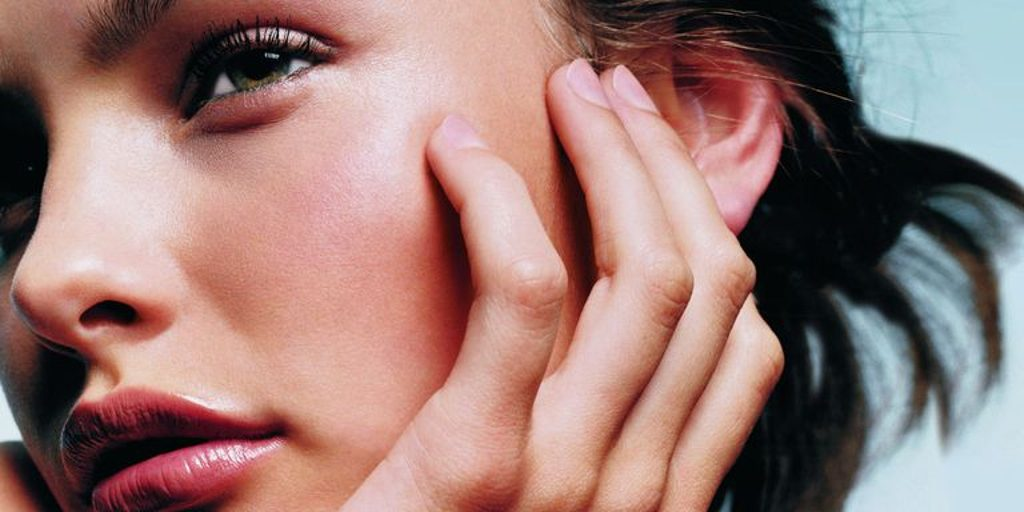 The Best Cosmetic Treatments for Acne Scars: Microdermabrasion and Microneedling