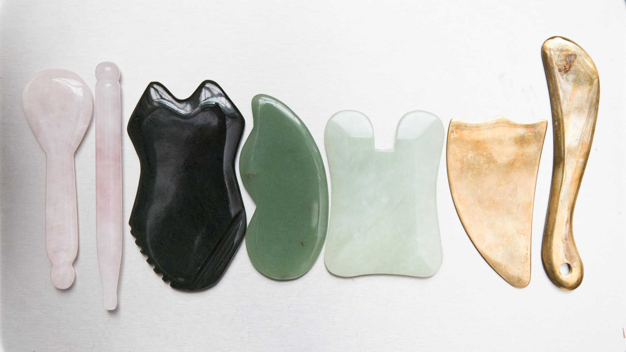 How to Gua Sha & Face Roll for Lymphatic Drainage